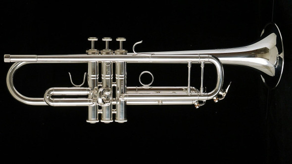 Manchester Brass Professional Bb Trumpet in Silver Plate with Gold Brass Bell