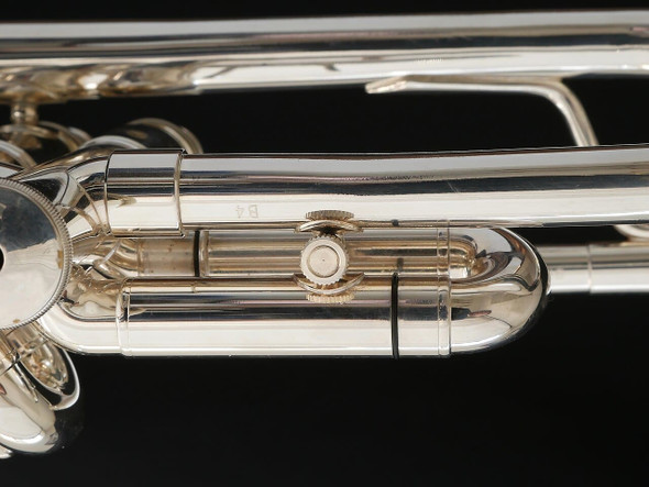 Pre-Owned XO 1602 Professional Bb Trumpet in Silver Plate! Wonderful Upgrade Horn