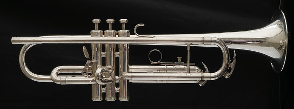 Pre-Owned Late 1970s King Silver Flair Trumpet in Silver Plate!