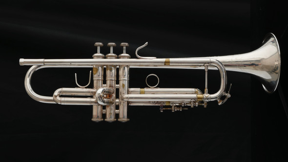 Pre-Owned Bach Stradivarius 43H Bb Trumpet in Silver Plate with 25LR Leadpipe!