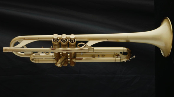 Pre-Owned Phaeton 2000 Trumpet in Brushed Lacquer!