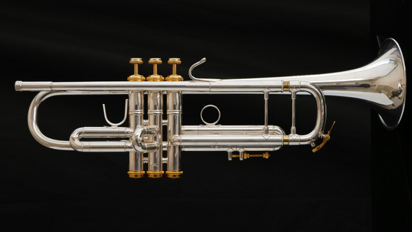 Pre-Owned Bach Stradivarius 37 Bb Trumpet in Silver Plate with Gold Trim!!
