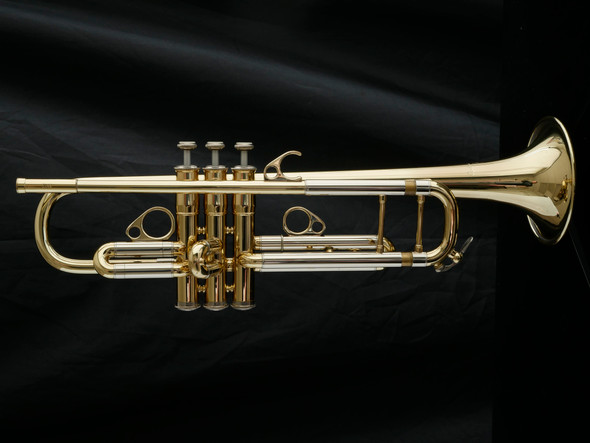 Pre-Owned Courtois Elite Model 305 B-Flat Trumpet in Lacquer