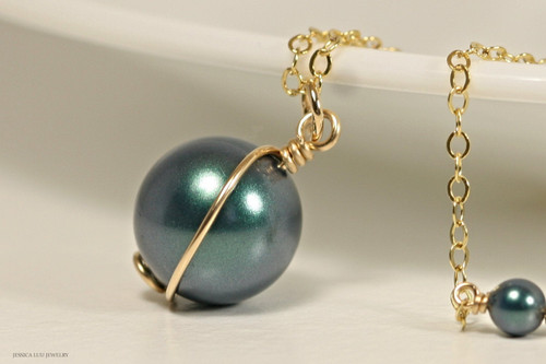 14K yellow gold filled wire wrapped iridescent Tahitian Swarovski pearl solitaire pendant on chain necklace handmade by Jessica Luu Jewelry