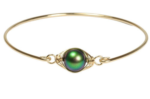 14k yellow gold filled wire wrapped bangle bracelet with scarabaeus green pearl handmade by Jessica Luu Jewelry
