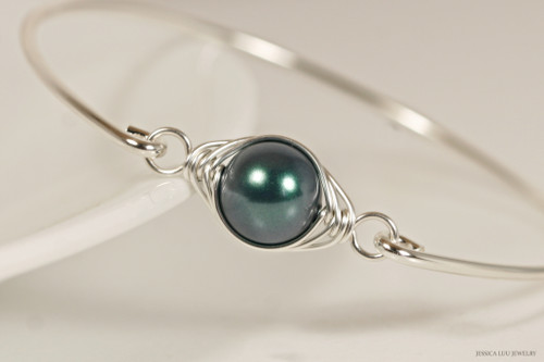 Sterling silver wire wrapped bangle bracelet with iridescent Tahitian Swarovski pearl handmade by Jessica Luu Jewelry