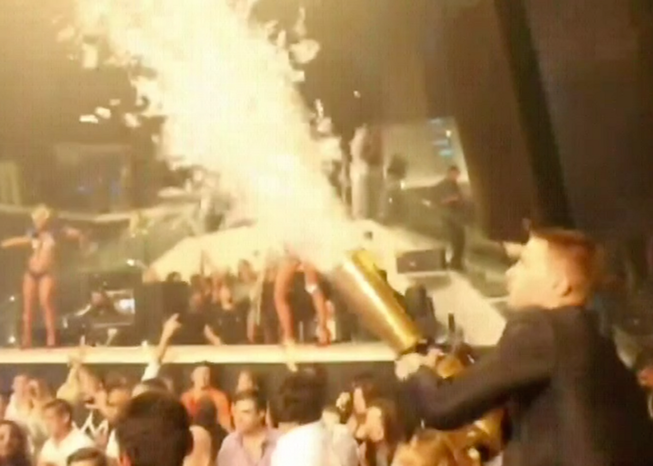High,performance,output,Co2,Confetti,Cannon,Blaster,Blower,Gerb,Launcher,cryo,Gun,Hypemaker,Nightclubshop,custom, continuous flow