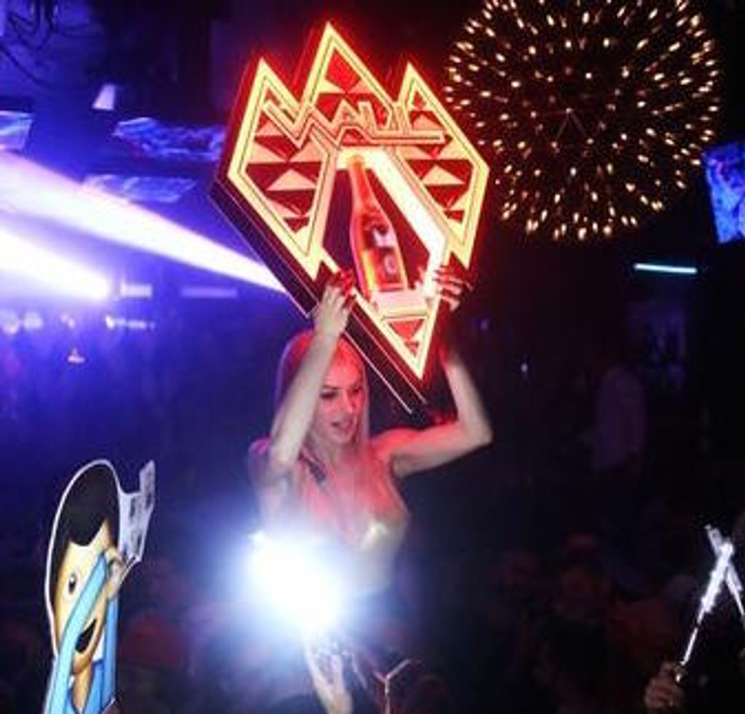 RUBY_Champagne_Bottle_service_delivery_presenter_carrier_holder_caddy_tray_Custom_Made_Light Up_LED_LIV_Miami_Nightclubshop_VIP tray