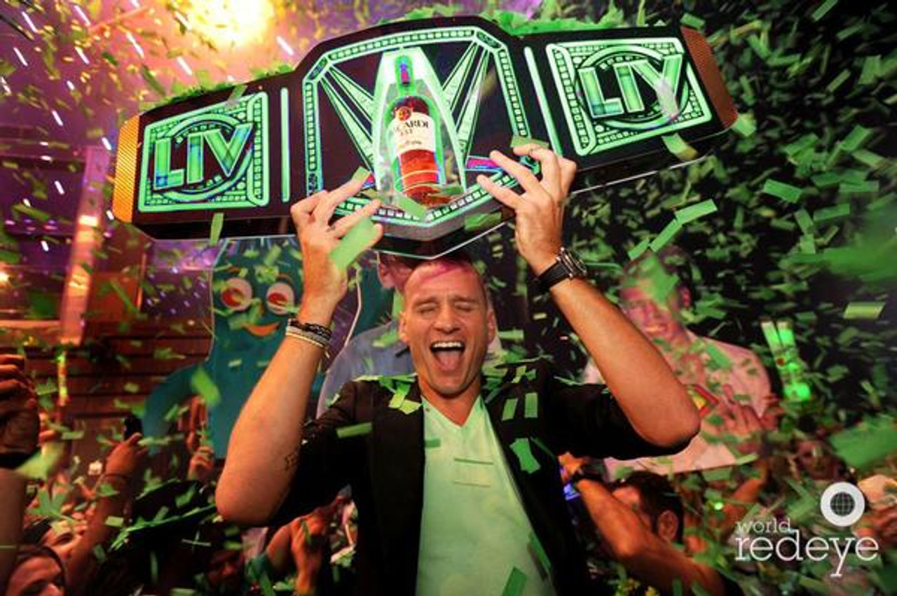 Title Belt,Bottle Wars, VIP ,War, Custom_VIP_bottle_war_Champagne_Liquor_Champion_championship_Belt_title_Nightclub_branded_Logo_bottle Service_Presenter_carrier_holder_tray_Nightclubshop