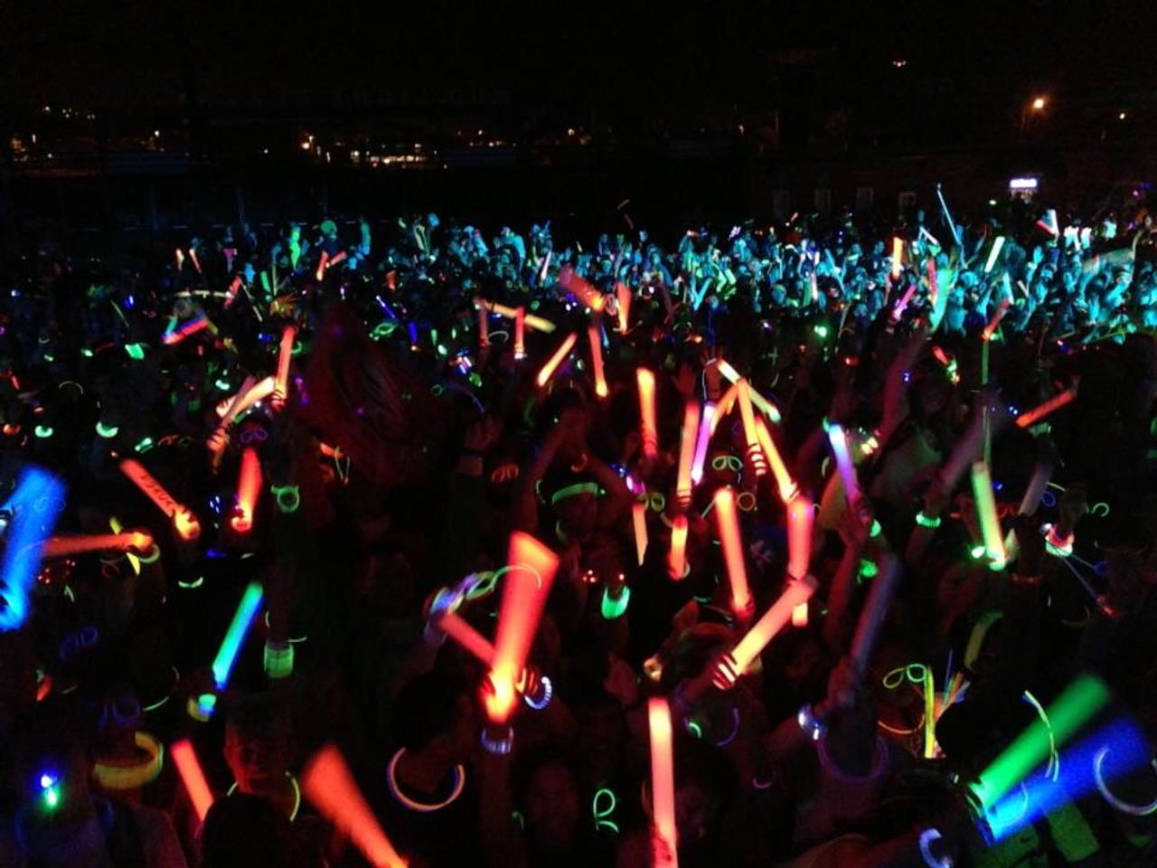 LED FOAM STICK, Led, Foam, Stick, Baton, Lumiton, Glow, Electronic, Light, Stix, Rave, EDM, Palito, Palo, UV, Illuminate, luminoso, luz, Electro, stic, FoamStick, LEDFOAMSTICK, LED , LED BATON, Custom LED Foam Stick, Customized, Personalized, EDM, Electro, House, Promo, Nightclub, Baton, Wand, Stix, Glow, Light up, Lit up, Electronic, Coachella, Grand Central, Foam Sticks, Foam Stix, Glow Sticks,