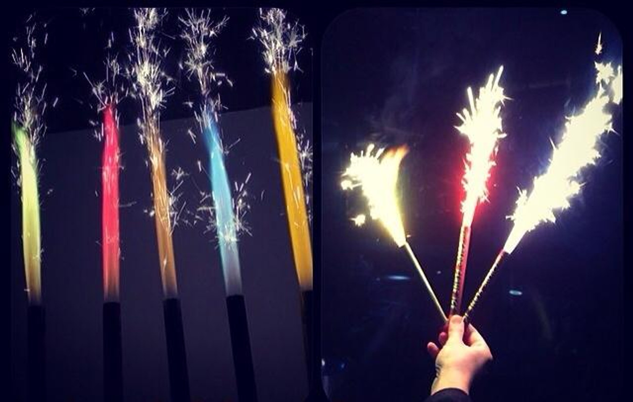 BOTTLE SPARKLERS,Closeout, clearance, sale, online, coupon, code, sparkler, bottle sparkler, champagne, sparkler, cake,bulk