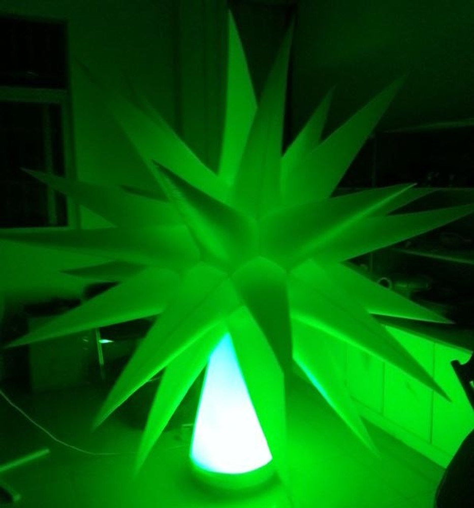 LED INFLATABLE  STAR TREE DECORATION - Tree stand