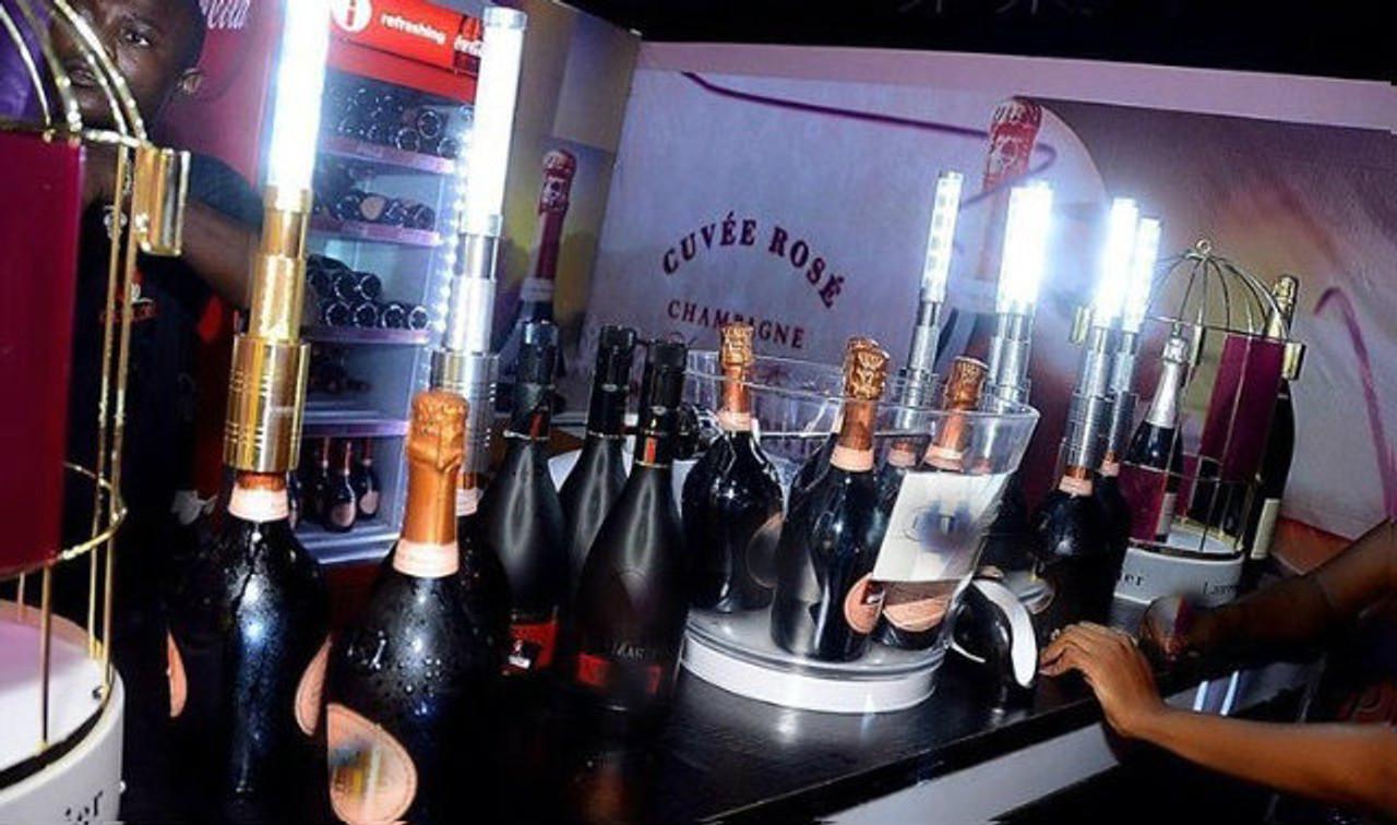 #LED, #STROBE, #TOPPER, #Baton ,#Sparkler ,#LEDSparkler ,#electronic ,#BottleService, #champagne ,#delivery ,#Vegas, #experience, #Nightclub ,#supplies, #Nightclubshop