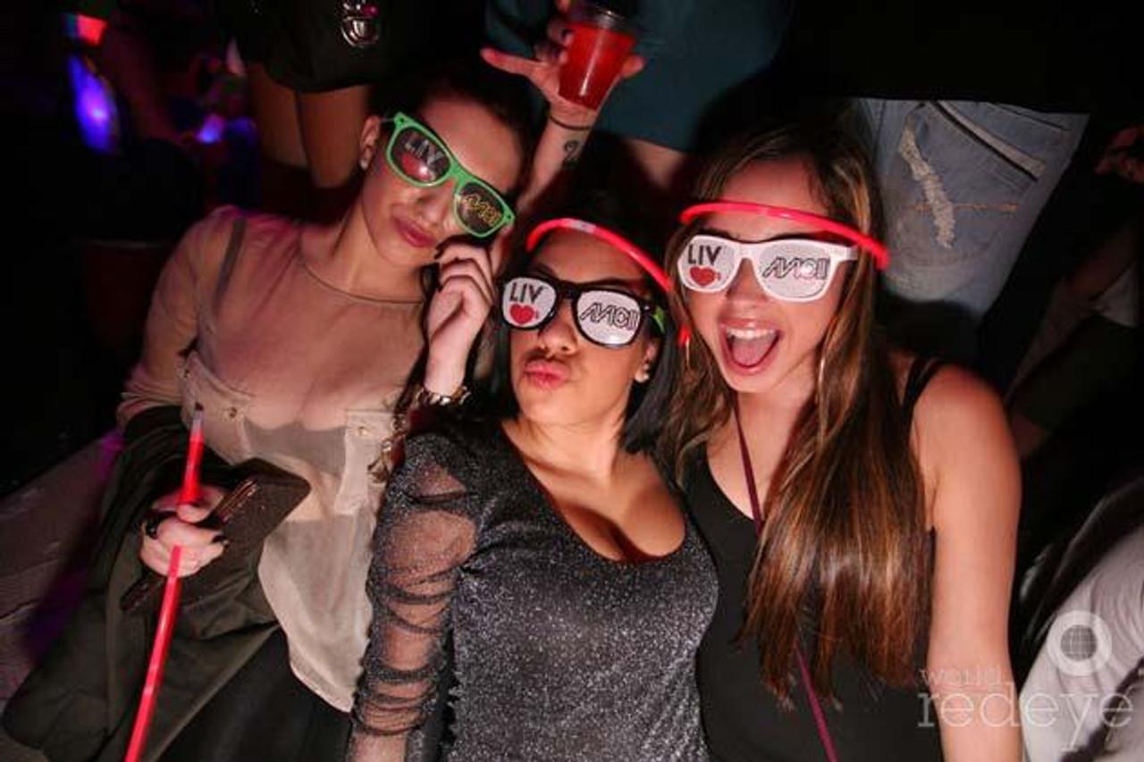 DJ_Promo_Custom_Print_Sunglasses_Shades_Personalized_Merch_Promotion_Avicii