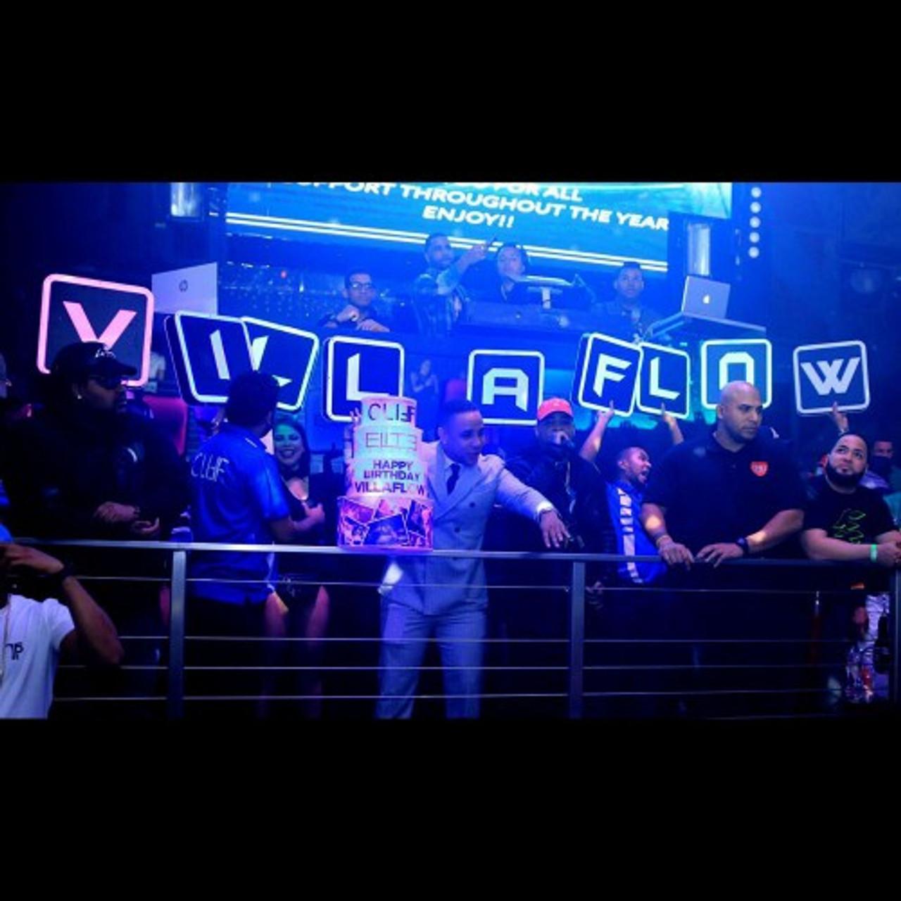 vip-nightclubshop-name-lettersshield-birthday-vip-name-changer-interchangeable-letter-box-shield-presenter-cake-promo-nightclub.JPGdisplay-500x500