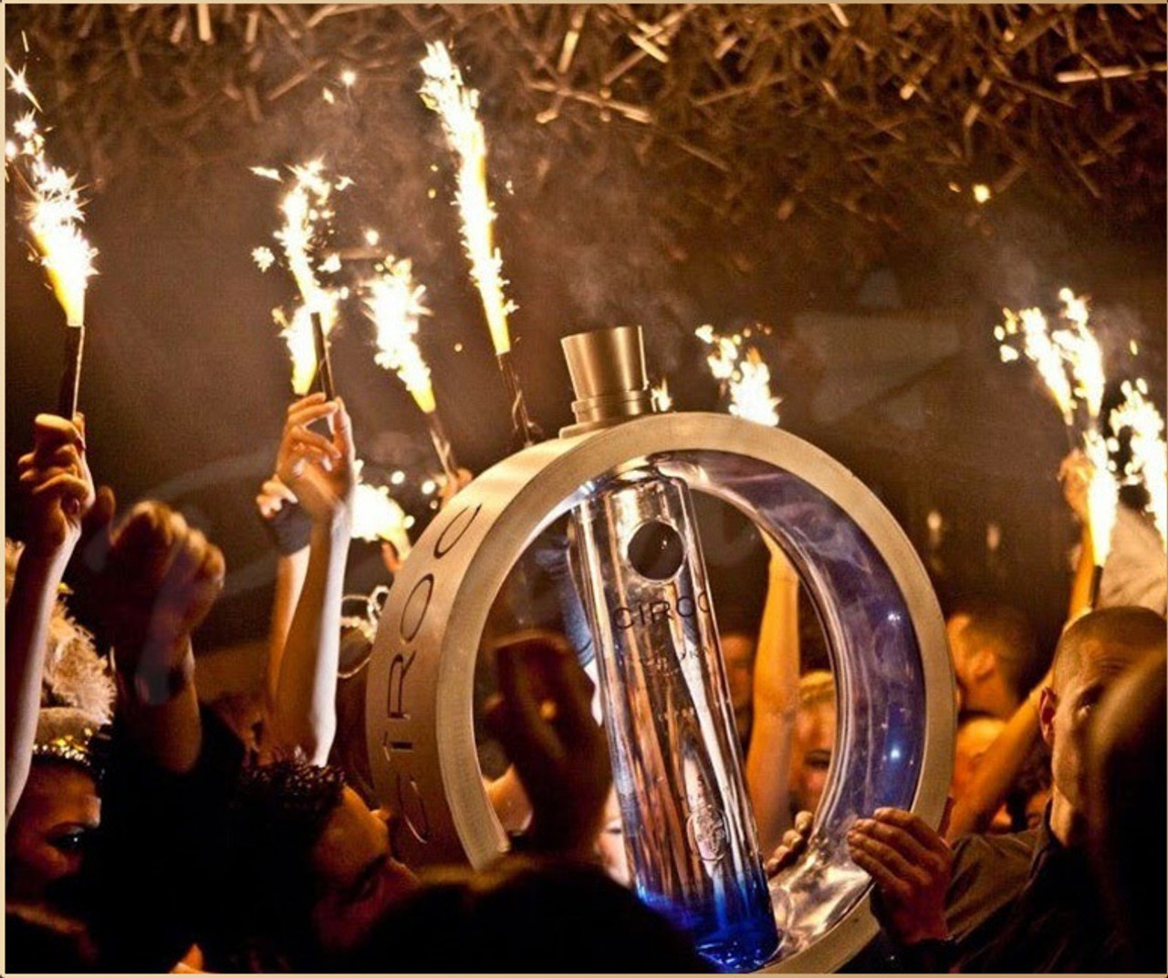 CHAMPAGNE, BOTTLE SPARKLER