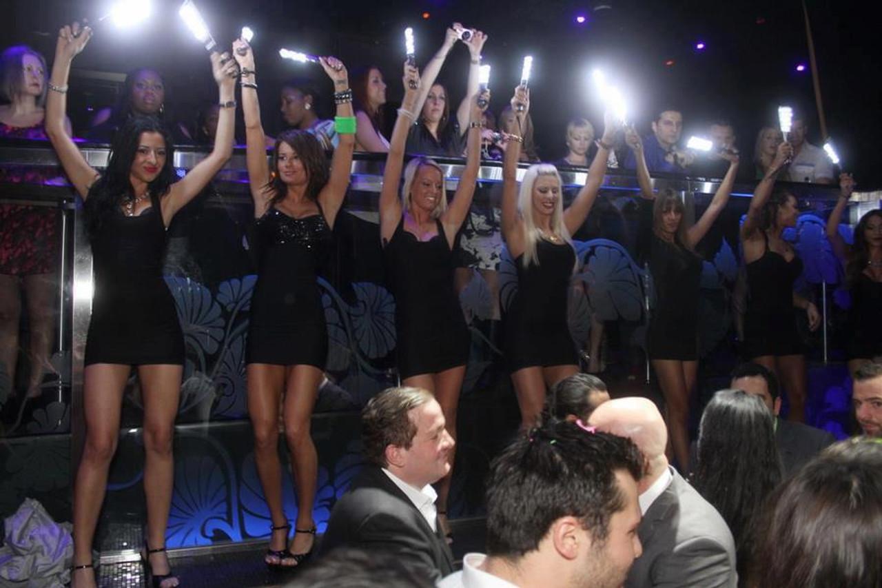 Handheld strobe, hand strobe, Flash baton, Electronic bottle service, LED Baton, Strobe baton, baton led, Nightclub baton, Bottle Sparklers, VIP SParklers, Bottle service sparklers, VIP LED BATON, LED WAND,  Strobe wand, Champagne Bottle Sparklers, LED NIGHTCLUB BATON, LED NIGHTCLUB WAND, Flash Wand, EDM, Handheld, Glow, LED, Nightclubshop,