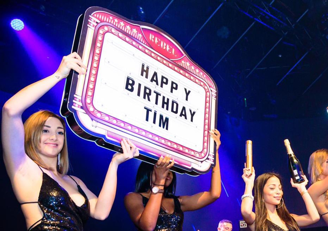 LED, MARQUEE, LIV, STORY ,MIAMI, custom. presenter, shield, Hypemakerz, Bottle, Service, Delivery, presentation, piece, Nightclubshop, VIP, Champagne Letterbox, Birthday, VIPs, Name