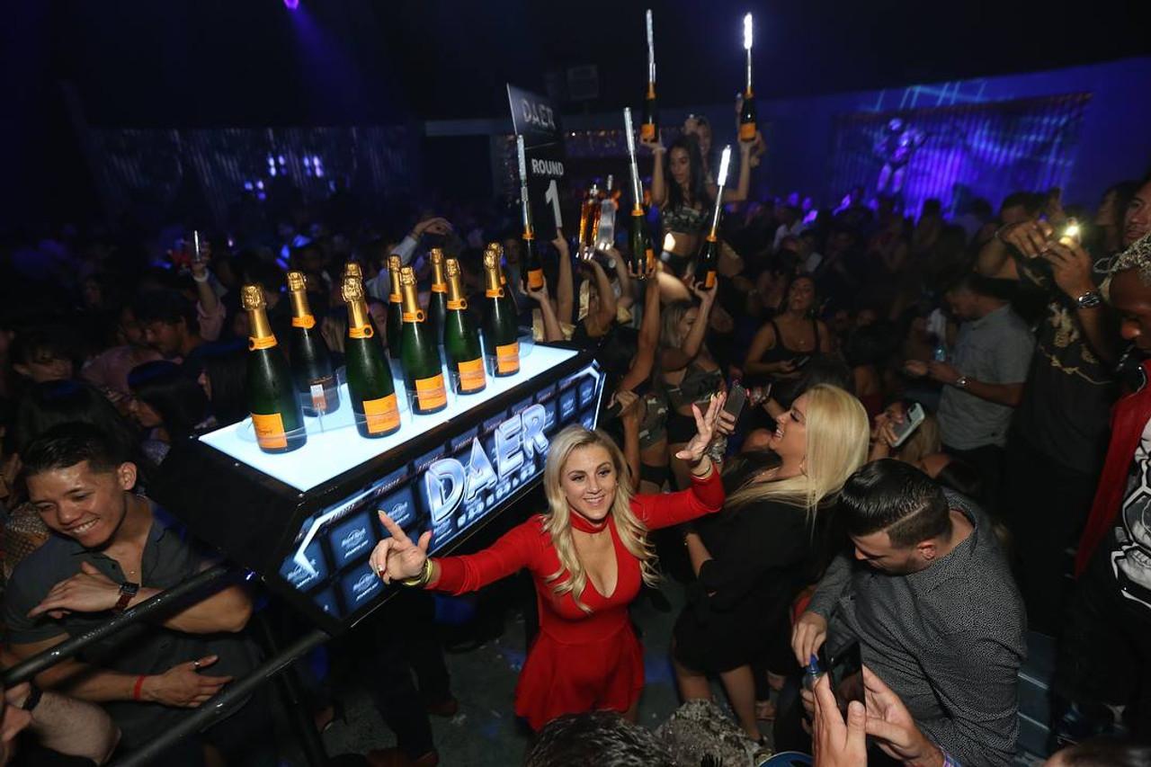 Champagne Chariot, VIP, Bottle Service, Customizable, Nightclub, Venue, Bar, Casino