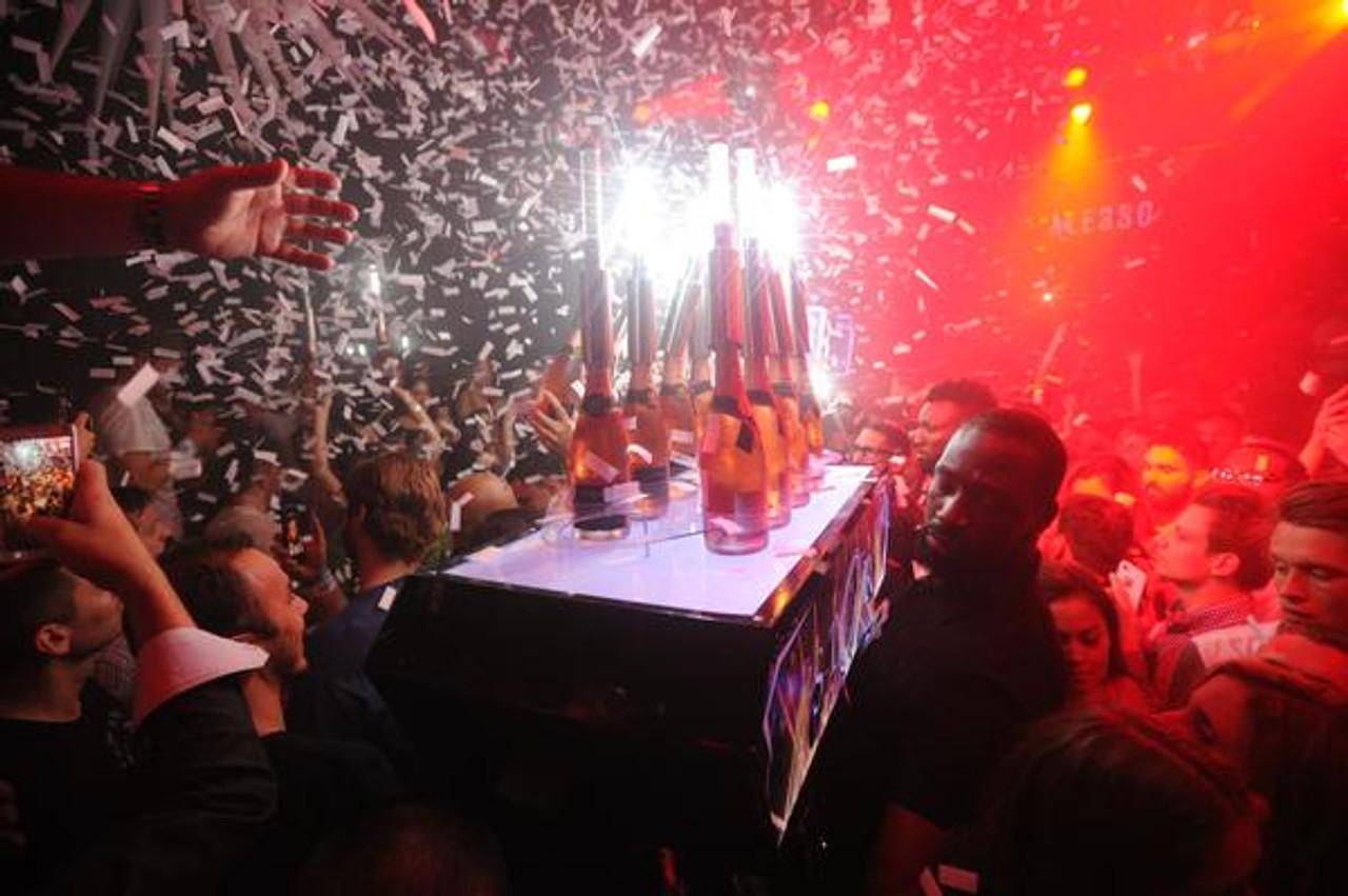 Confetti, LED, Strobe Batons, Liquor Carrier, Champagne Chariot, Bubbly, Sparkling Wine, Presenter