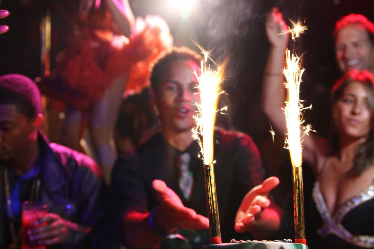 Champagne, Bottle, Liquor, Delivery, VIP, bottle service, Bottle Sparklers, Cake, Fountain, Ice, Sparks