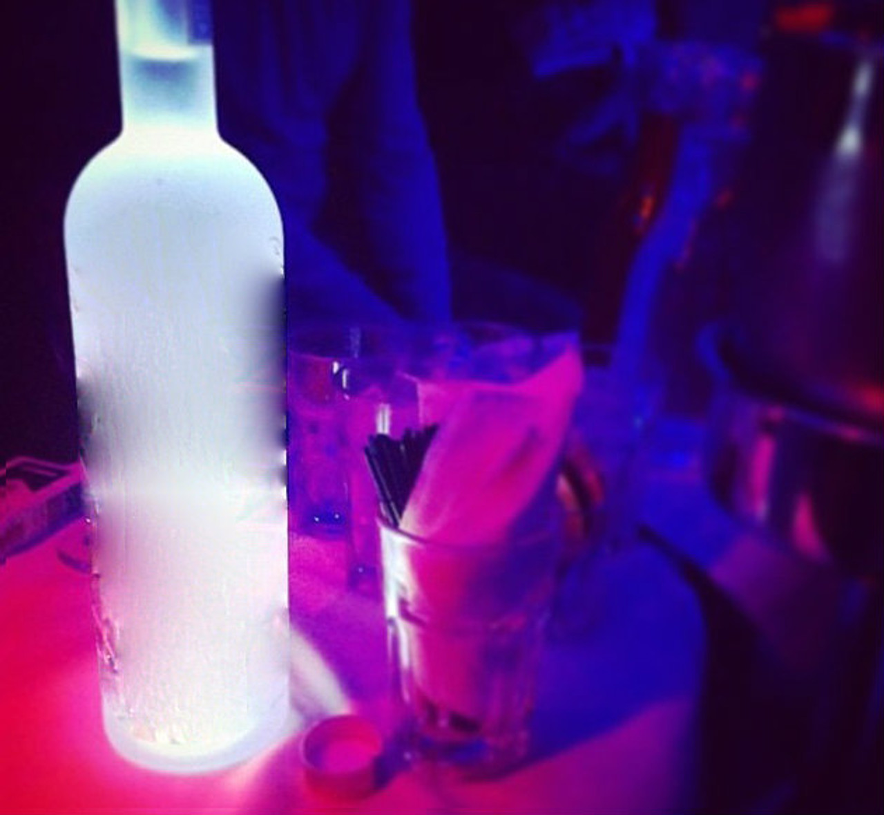 Light up your VIPs bottles with a mini glorifier.