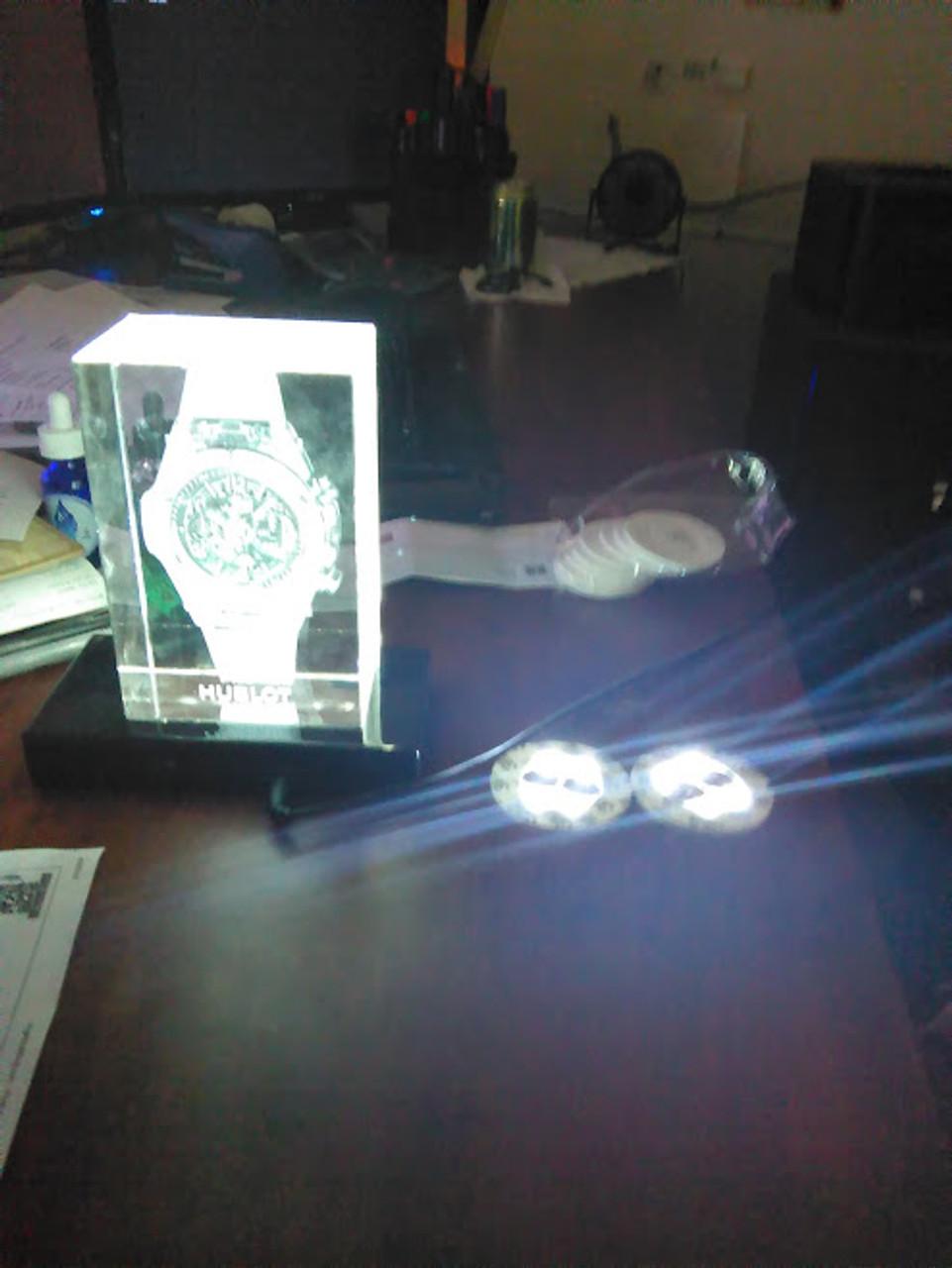 LED,Pad, Light up, Stick on, sticker, glorifier, wireless, battery powered, LED Sticker