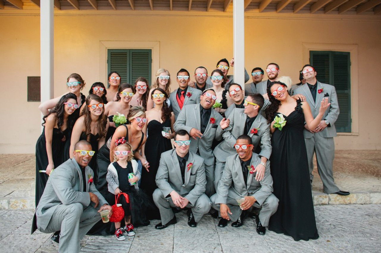 BRIDES MAID, MAID OF HONOR, GROOMSMEN, BEST MAN, WEDDING CUSTOM GLASSES, WEDDING GLASSES, BRIDE GLASSES, GROOM GLASSES, WEDDING GROOM,