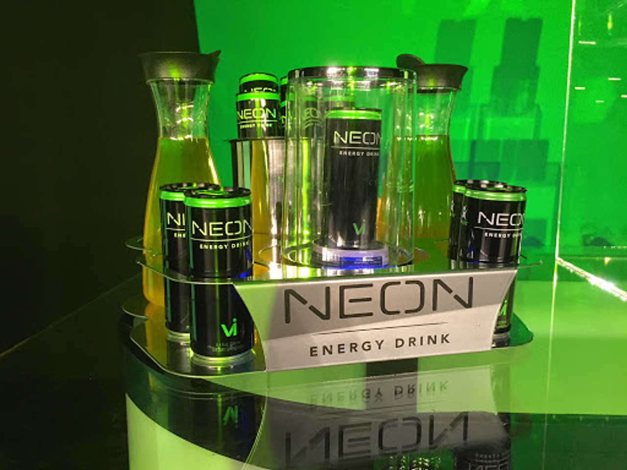 Neon_Energy_2_Bottle_service_delivery_tray_caddie_caddy_Ice Bucket_carafet_Bottle Kit_perfect Serve_Kit_Champagne_liquor_delivery_vIP