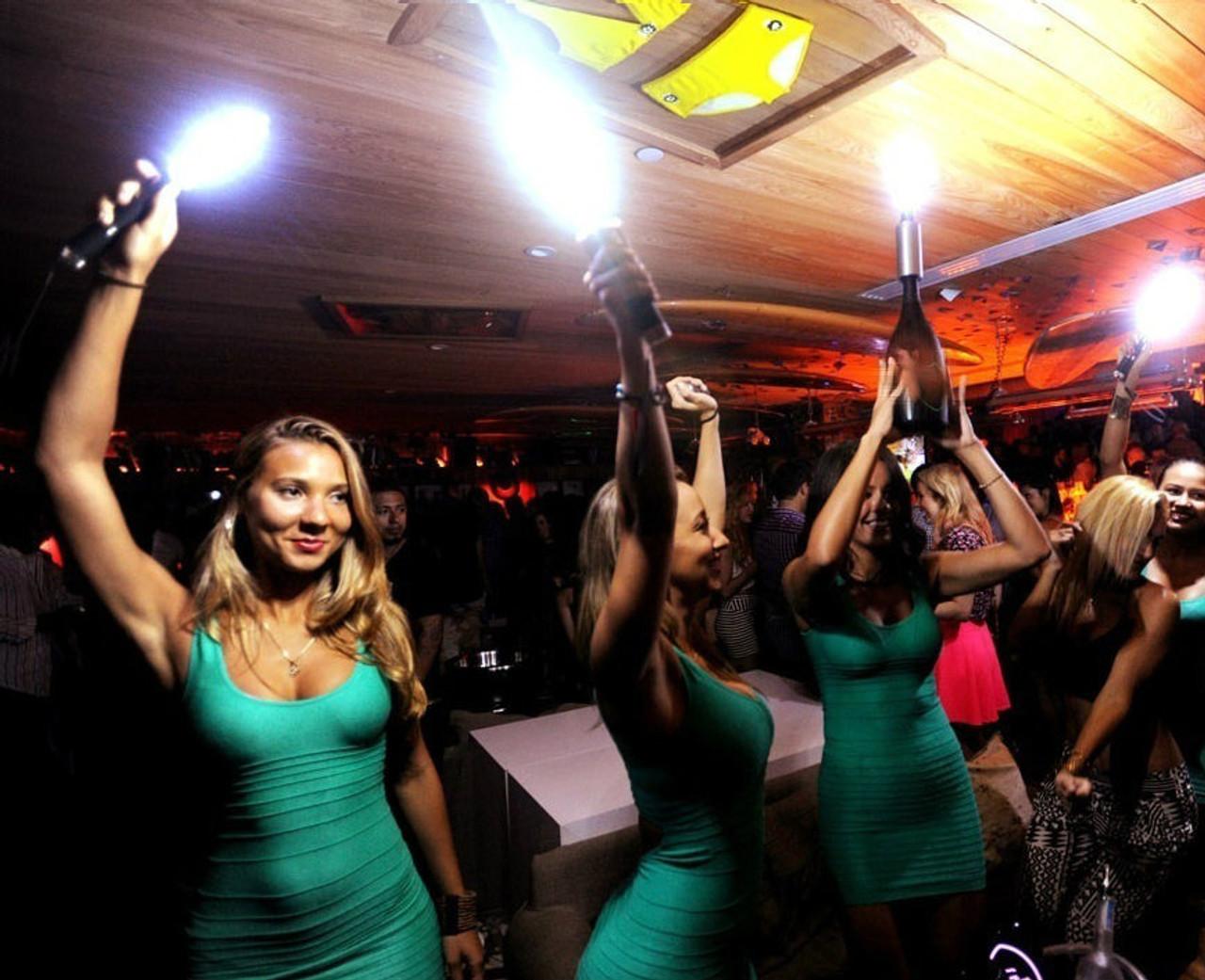 VIP BOTTLE SERVICE, Flash, wand, baton, bottle,service,sparkler, color