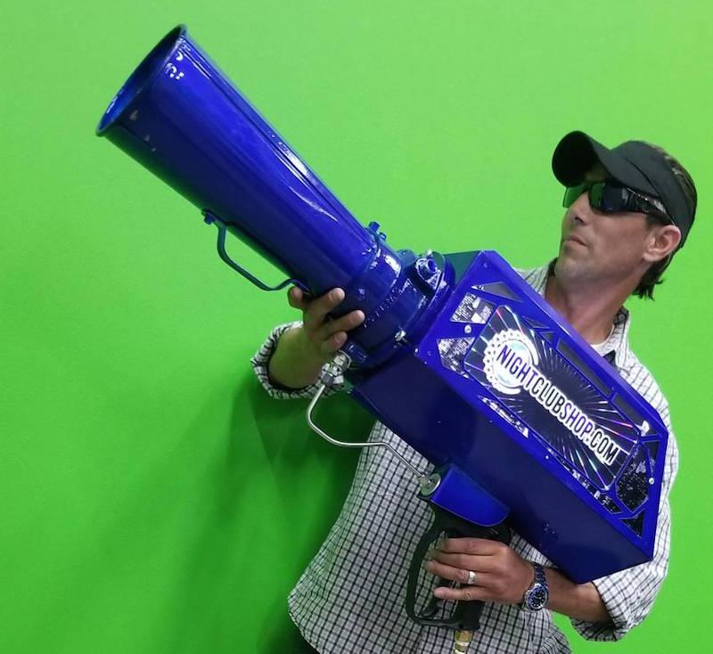 hypemakerz-cryo-fetti-co2-confetti-gerb-blower-gun-custom-hypemakerz-nightclubshop.jpg