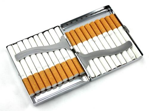 Magenta Rain Stone Cigarette Case