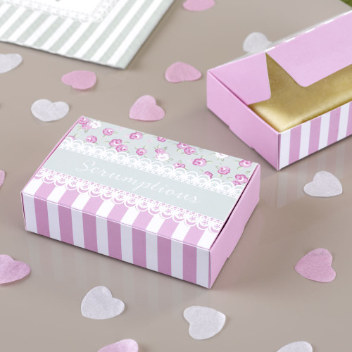 Frills and Spills Scrumptious Cake Box (10)