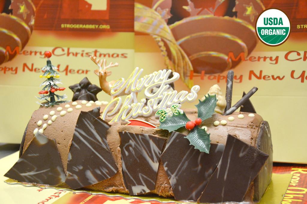 ORGANIC CHRISTMAS LOG # 1