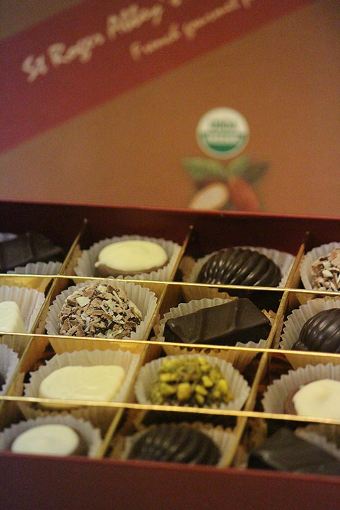 Organic Brown Chocolate Box