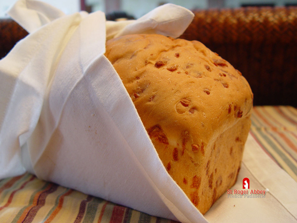 STORE-PICK-UP: ORGANIC BRIOCHE BREAD WITH CHEESE
