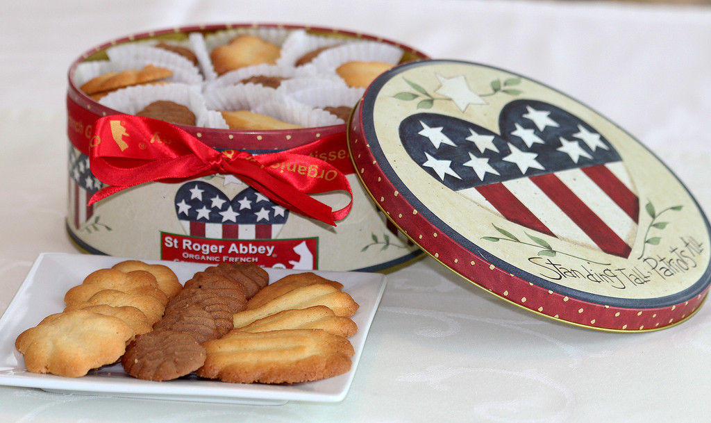 STORE-PICK-UP: Box of Assorted Organic French Cookies