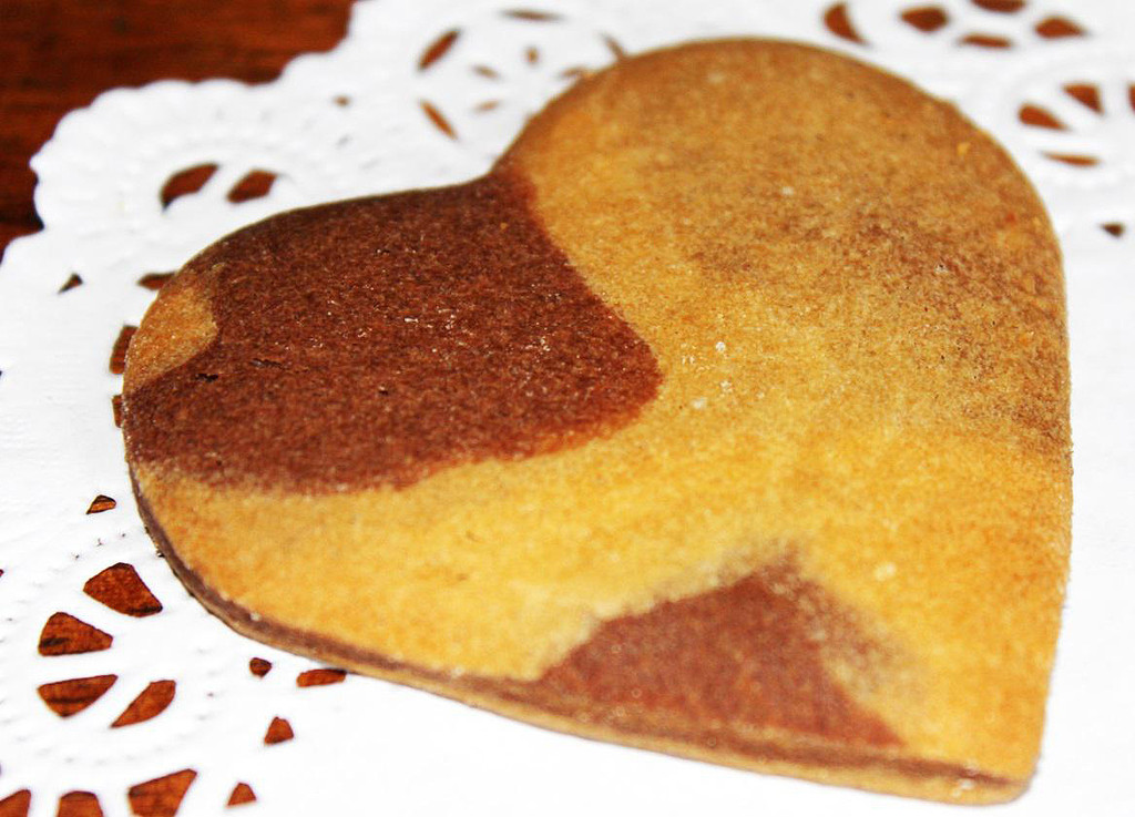 SHIPPING: ORGANIC CHIC MARBLE HEART COOKIES