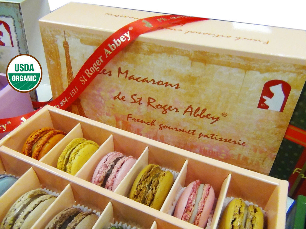 SHIPPING: ORGANIC PARIS TOUR EIFFEL MACARON ASSORTMENT