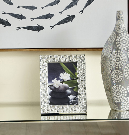 ELEGANT DECOR MR9106 Sparkle 8 in. Contemporary Crystal Photo frame in Clear
