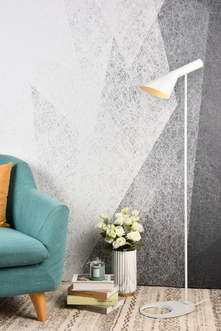 Living District LD2365WH Juniper 1 light white floor lamp
