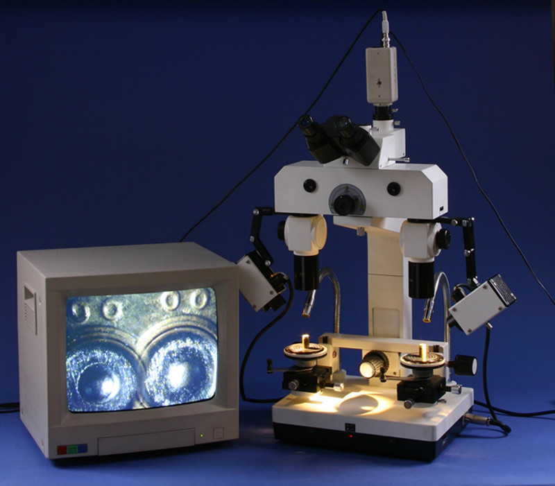 Steindorff Stereo Forensic Comparison Stereo Microscope with 3.1 Megapixels Camera, Halogen Illumination