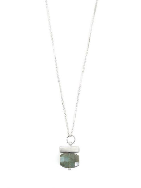 Stone - Bar with Labradorite Necklace Silver