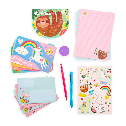 On-the-Go Travel Stationery Kit: Funtastic Friends