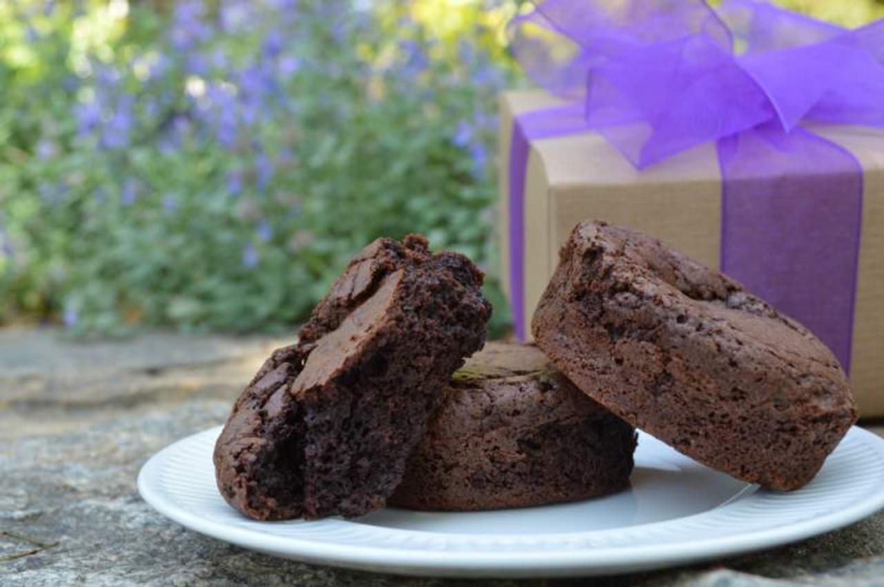 Small Gift Box Of Big Chocolate Brownies