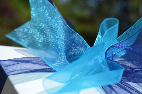 Combine the bold box color with your choice of ribbon colors for an elegant gift.