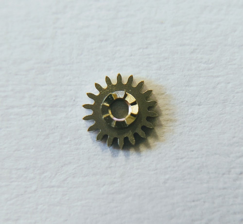 Winding Pinion, Omega 1010 #1108