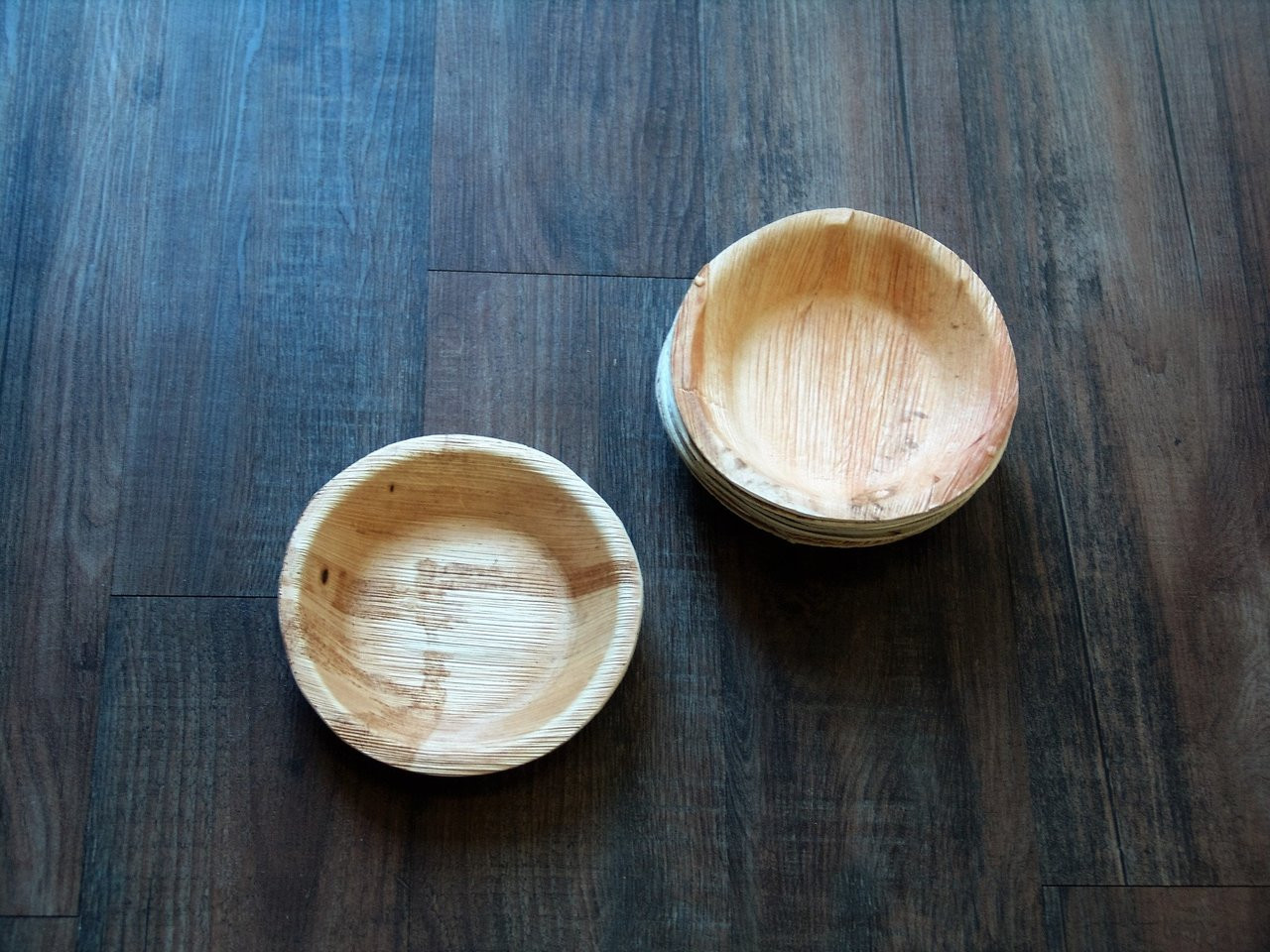 Palm Leaf Round Deep Plate - 7 in