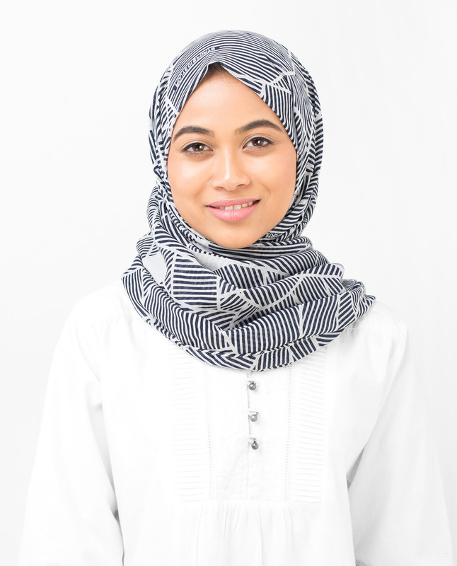 Abstract Striper Cotton Voile Hijab