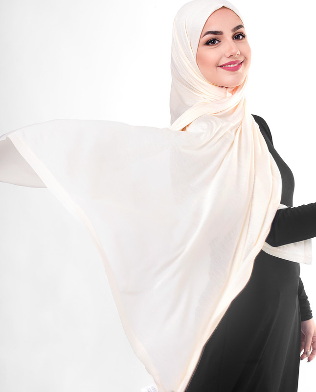 Dusty pink hijab scarf